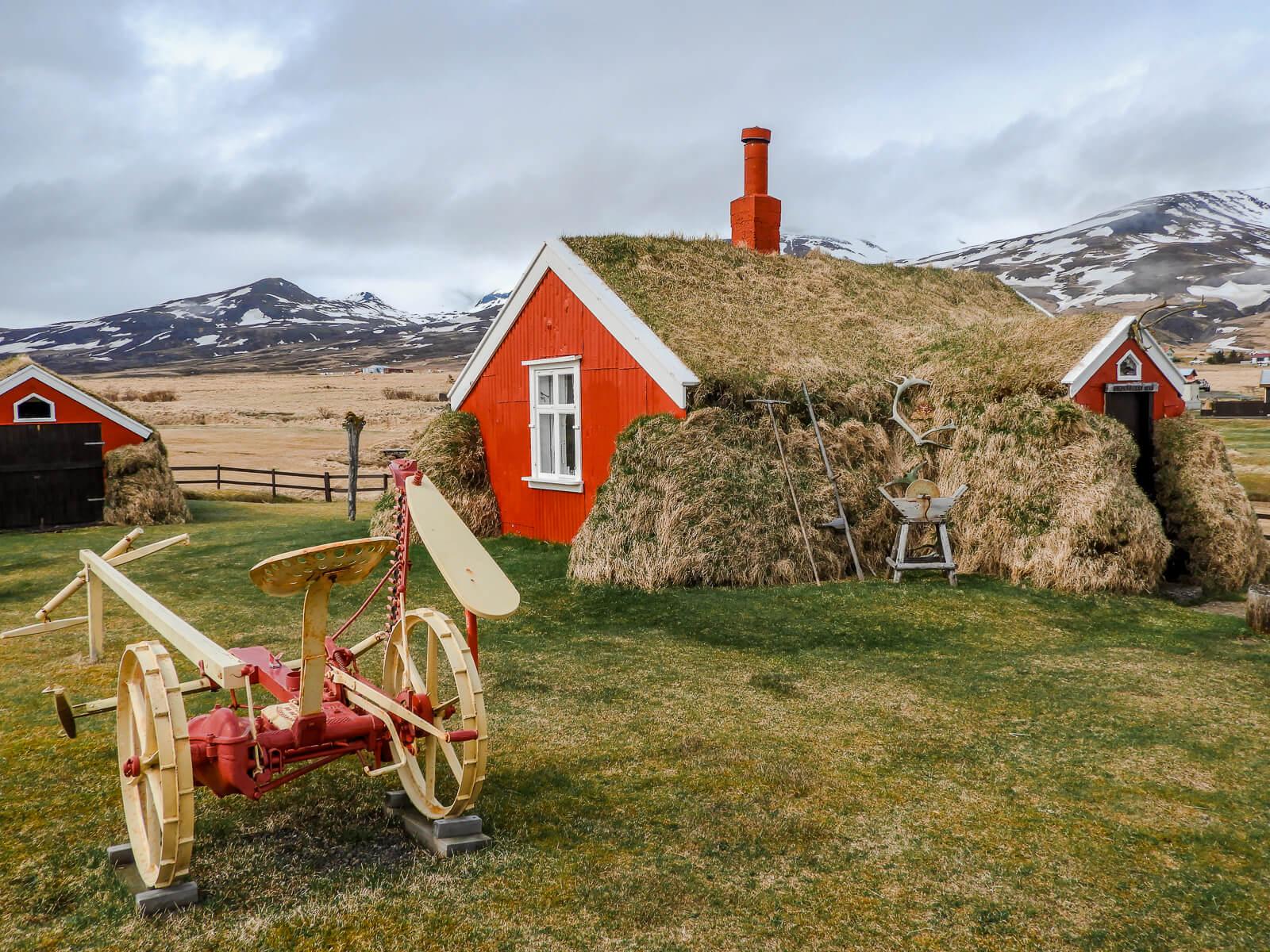 Lindarbakki Turf House in Borgarfjörður Eystri IJsland