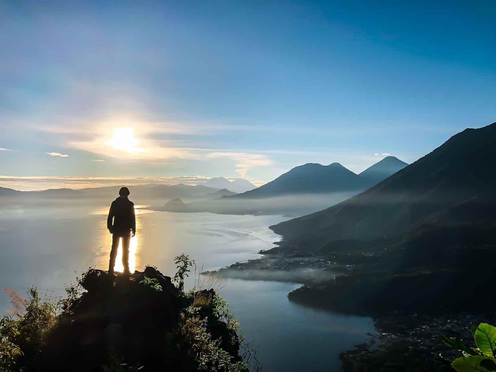 Lake Atitlan - Oogverblindende zonsopgangen