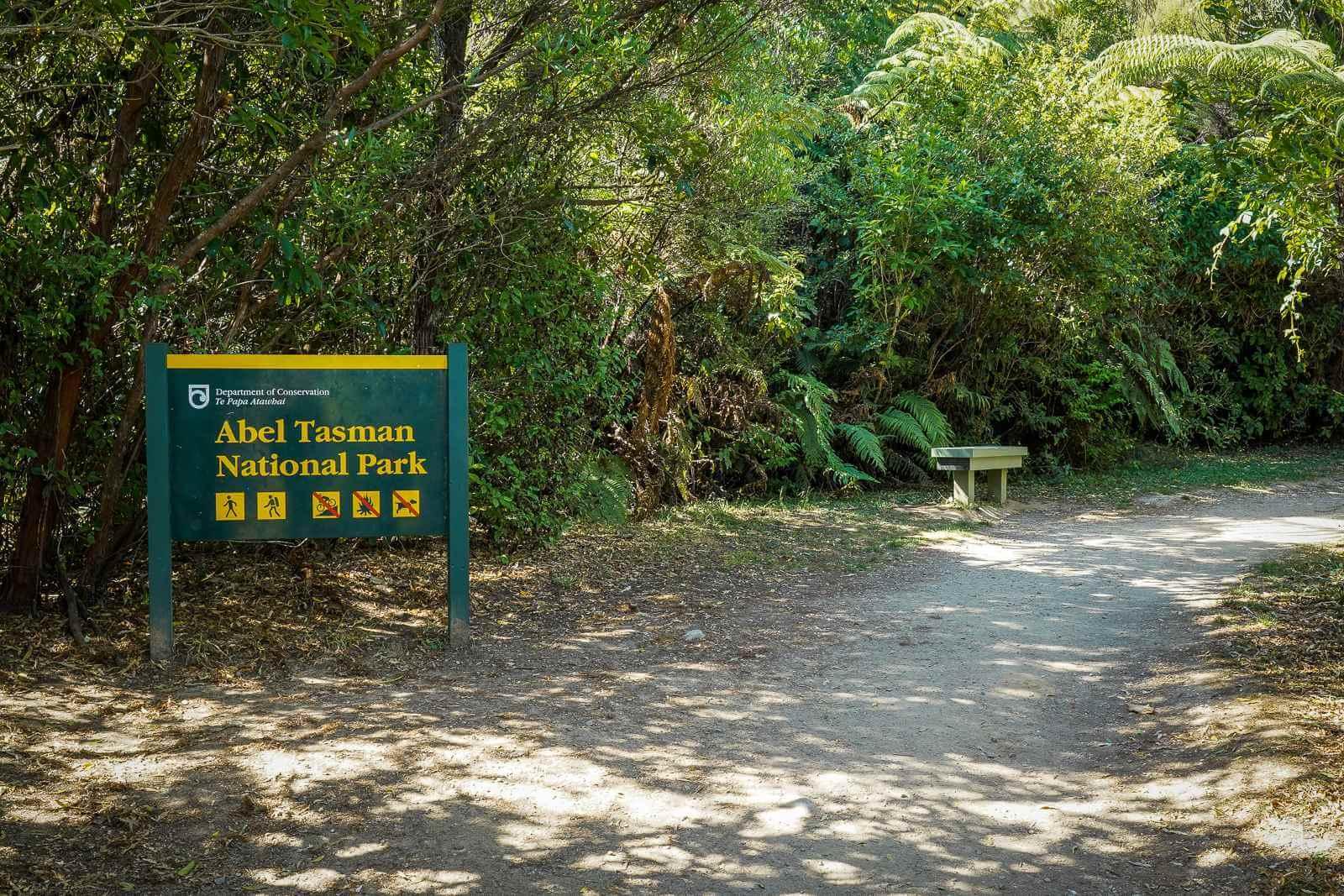 De ingang van het Abel Tasman NP