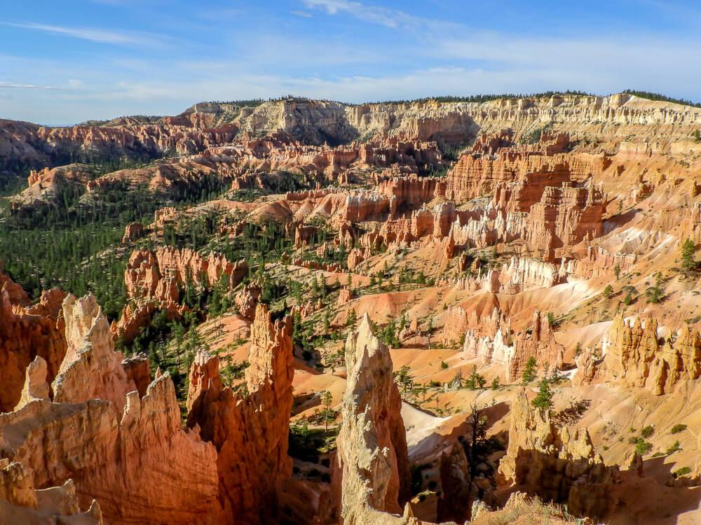 Bryce Canyon - Unieke rotsformaties & natuurlijk gevormd amphi-theater