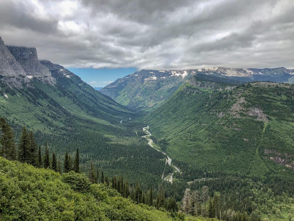 Glacier National Park - Reusachtige bergtoppen