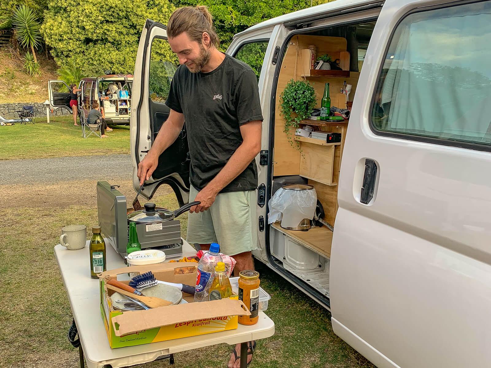 Altijd overal kunnen koken met een camper - by NOMADS