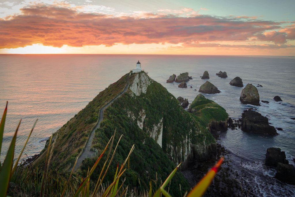 Nugget Point Lighthouse zonsopgang - by NOMADS