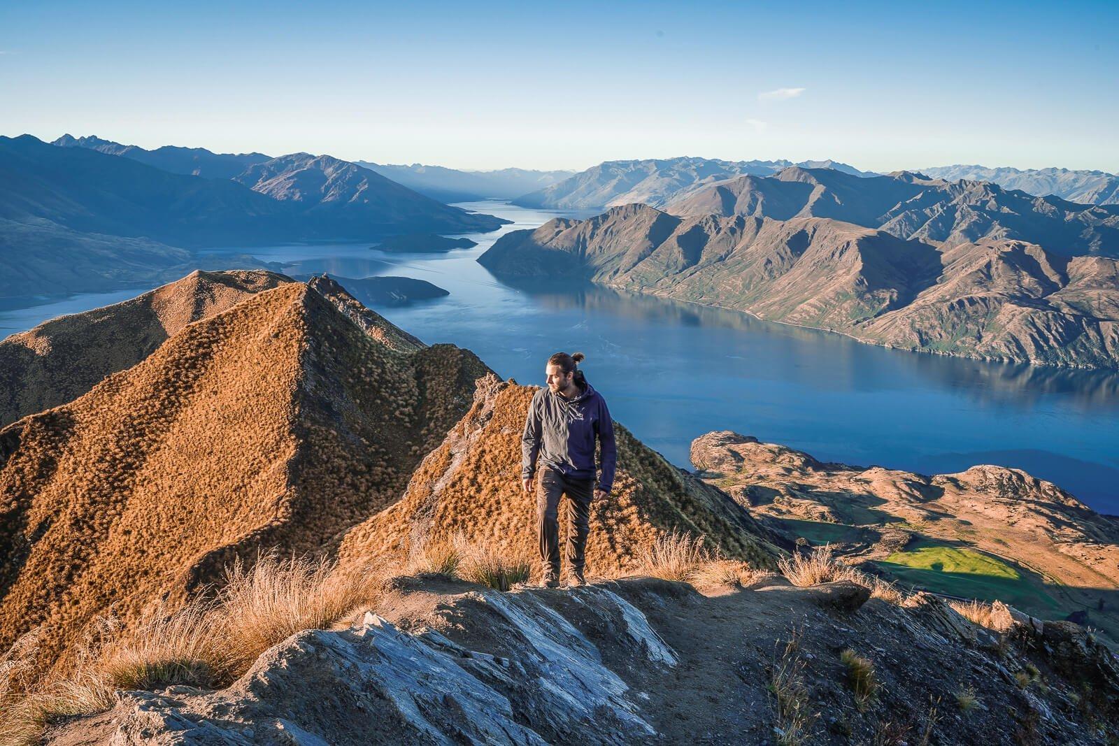 Roys Peak Wanaka - by NOMADS