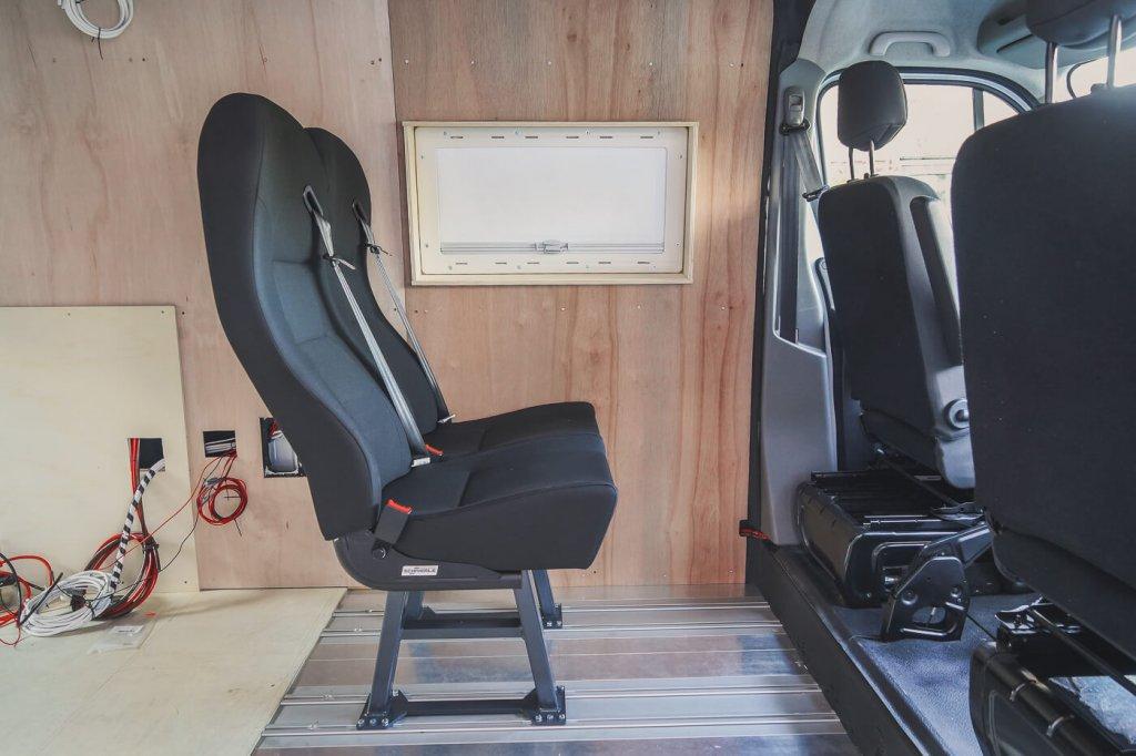 Extra zitplaatsen camper - by NOMADS