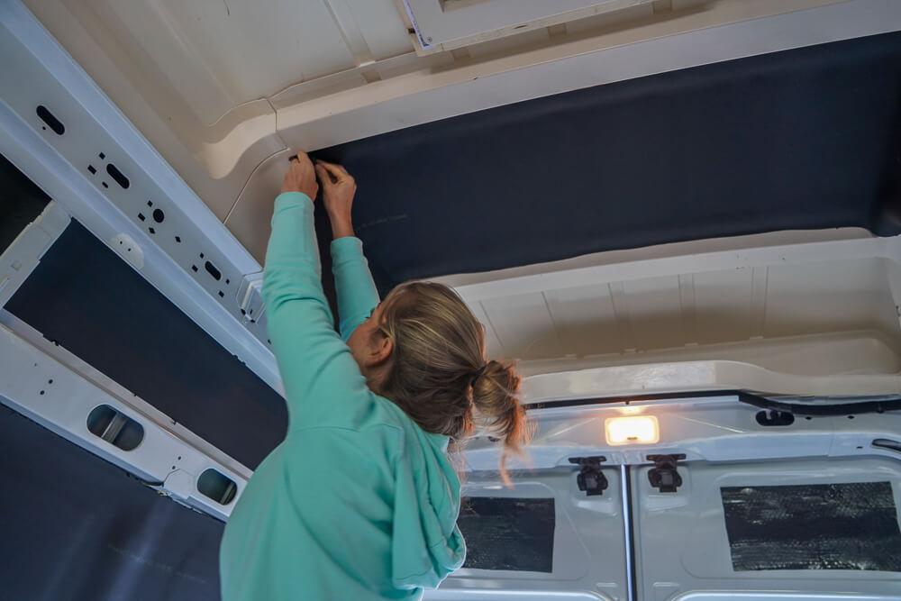 Plafond camper isoleren met Armaflex
