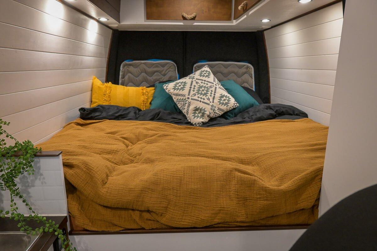 Camper lengte bed